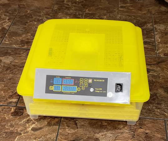 Photo Hatch out eggs with this 48 Egg Fully Automatic Incubator - $120 (Boaz)