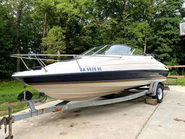 Photo IMMACULATE CONDITION 1996 BAYLINER CUDDY CABIN  WATER READY  - $9,000 (CUMMING)