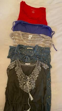 Photo Maternity  Nursing Clothing Size M - $50 (Heflin)