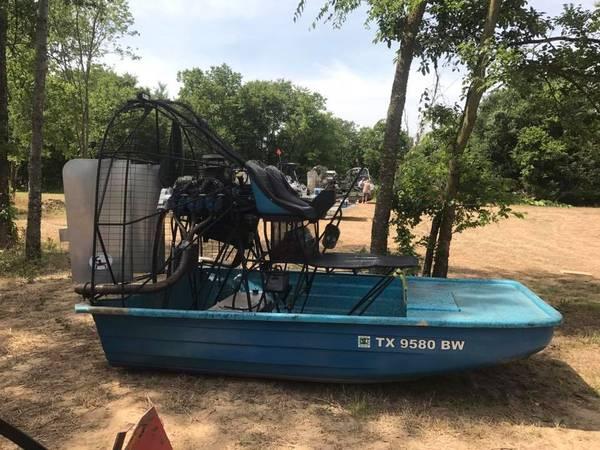 Photo 1239 Airboat - $8500 (Interlachen)