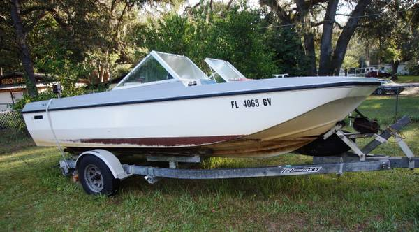 18 Foot Tri Hull Bowrider Boat 120hp Evinrude Outboard And Trailer 1500 Gainesville Boats For Sale Gainesville Fl Shoppok