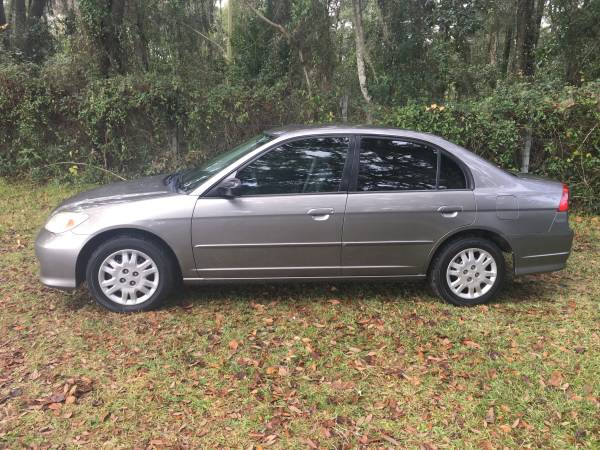 Photo 2005 HONDA CIVIC LX quotONLY 123K MILES39 - $3000 (Gainesville)