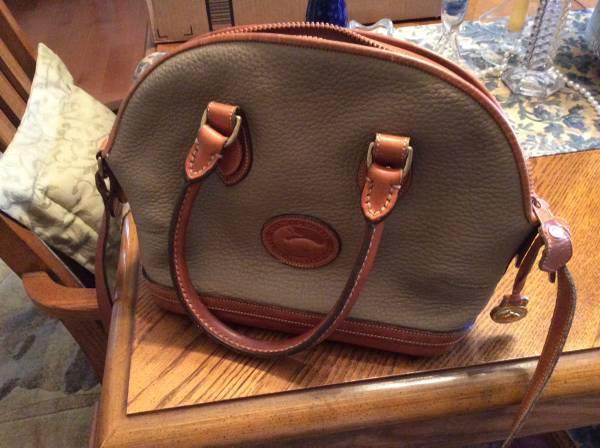 Photo Dooney and Bourke purse - $40 (NW Gainesville)