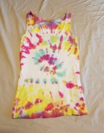 Photo Girls Tie Dye Tank Top size M (8-10) - $3 (Gainesville)