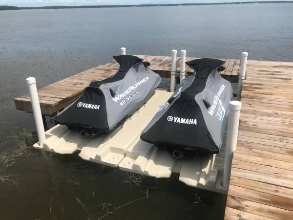 Photo Jet Port Boat and PWC Floating Docks - prices starting at - $1199 (Martins Yamaha of Ocala)