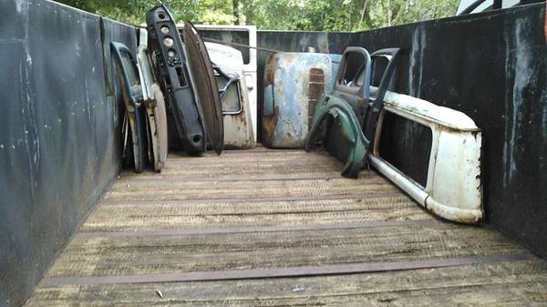 Photo LARGE trailer for of air cooled VW parts sell or trade - $2,500 (Gainesville)