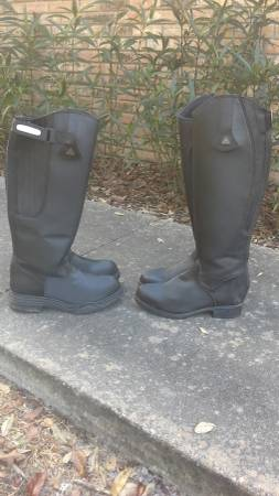 Photo Mountain Horse riding boots- womens 9 - $80 (Archer)