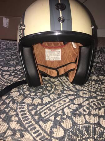 Photo Old School Motorcycle Helmet (NEW) - $80 (gainesville FL)