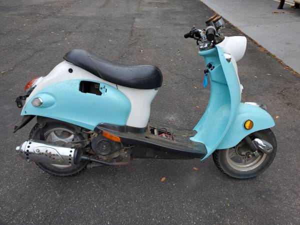 Photo Schwinn scooter - $500 (Lake city)