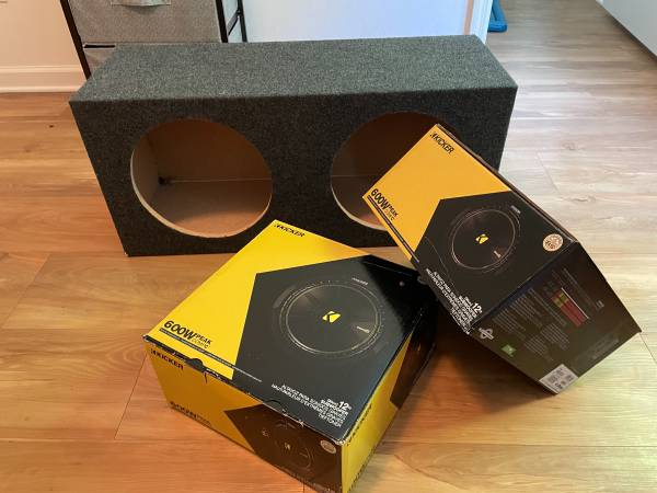 Photo Two 12 inch Kicker compC 12 inch subwoofers and box - $145 (Gainesville)