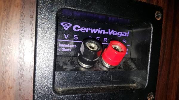 Photo Vintage Cerwin Vega VS speakers, KN, Polk Audio, Bose, Altec Lansing, Advent 200
