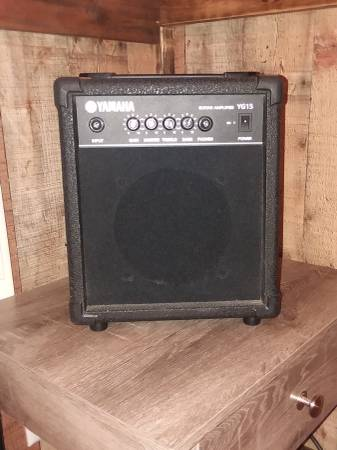Photo Yamaha YG15 Guitar Amp (Used) - $40 (Gainesville)