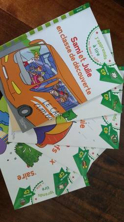 Photo 7 French Books for kids J39apprends a lire Sami et Julie series - $20 (The Woodlands)