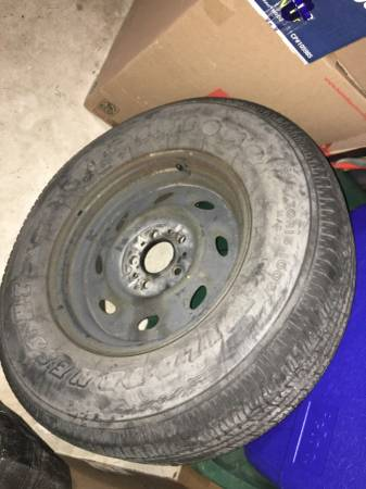 Photo FORD RANGER 93-09 15 inch WHEEL(steel, 8 ovals) - $65 (katy)