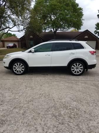 Photo Mazda cx-9 2009 fully loaded - $5,000 (la marque)
