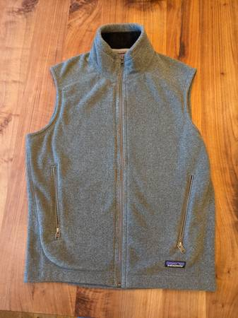 Photo Patagonia Fleece Vest - Men39s Small - $40 (Galleria Area)