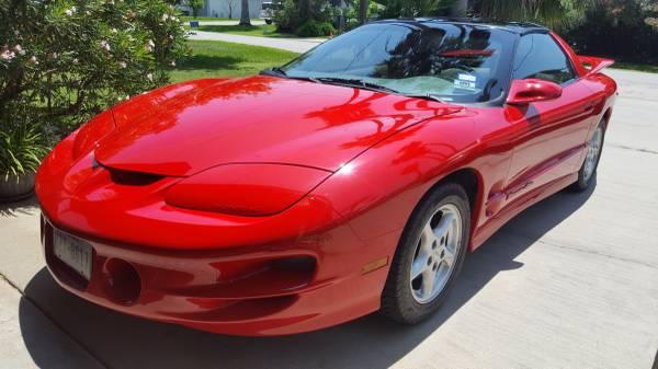 Photo Pontiac Firebird Formula 1998 - $17500 (Jamaica Beach)