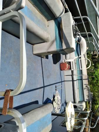 Photo Pontoon boat 4 sale - $7,000 (Dodge, Texas)