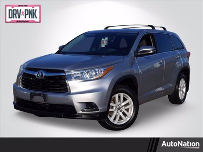 Photo Used 2016 Toyota Highlander LE for sale