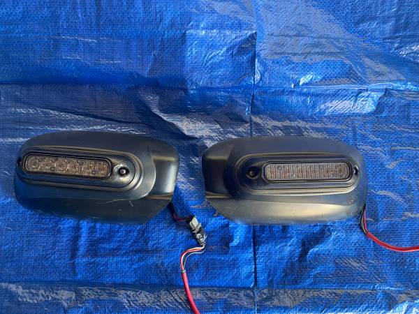 Photo WHELEN MIRROR BEAMS 2011 2021 DODGE CHARGER POLICE SUPER LED LIGHTS  - $199 (EAST HOUSTON TEXAS)