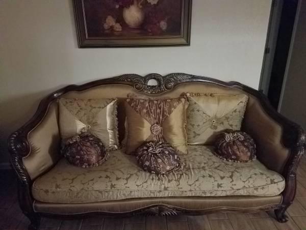 Photo living room - $1,000 (la marque)