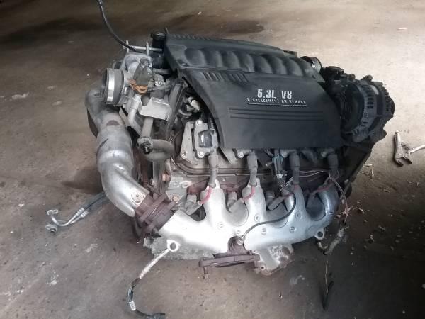 Photo 05 06 07 5.3L monte carlo impala ss engine 2006 with harness - $399 (west chazy ny)