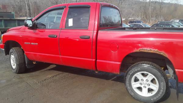 Photo 2006 Dodge Ram 1500 4x4 Crew Cab. Tow Edition - $4700 (Whitehall)