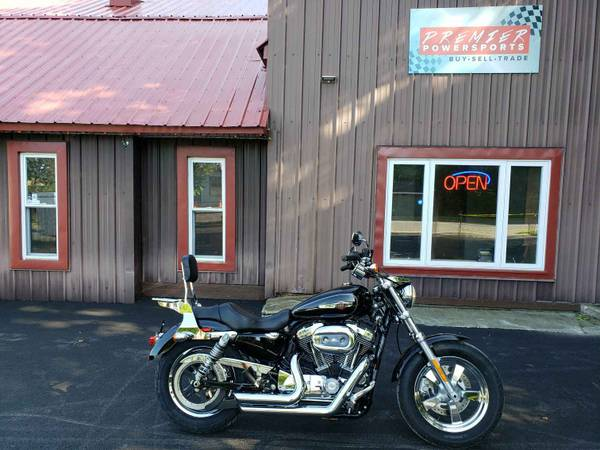 Photo 2016 Harley Davidson XL1200C Sportster 1200 Custom - $7,999 (Corinth, NY)