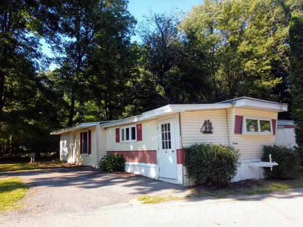 Photo 3 bedroom mobile home for sale (Ballston Spa)