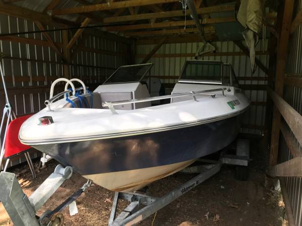 Photo Bowrider - Boat for sale - $1,000 (Queensbury, NY)
