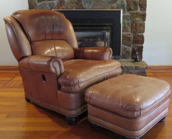 Photo Hancock  Moore Leather Reclining Chair and Ottoman - $500 (Queensbury,NY)