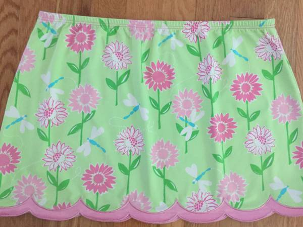 Photo Ladies Short Skirt - Lilly Pulitzer Size Small - $16 (Ballston Spa)