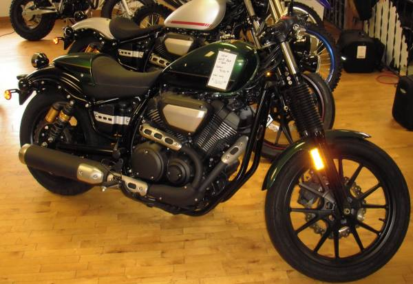 Photo NEW 2015 leftover Yamaha Star Bolt C-Spec Cafe Racer Cruiser (Malone , NY)