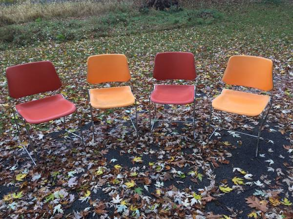 Photo Stackable chairs retro modern stool box orange red - $40 (Hudson falls)