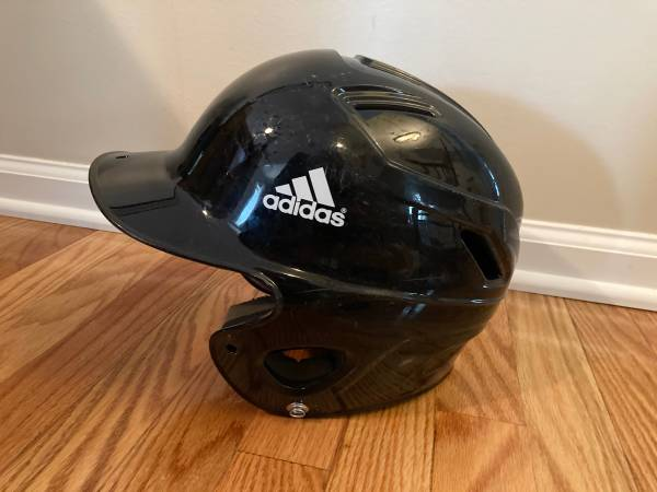Photo T-Ball Baseball Helmet Adidas - $5 (Queensbury)
