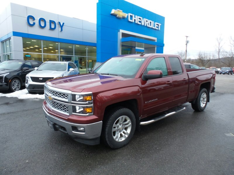 Photo Used 2015 Chevrolet Silverado 1500 Extended Cab LT for sale