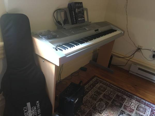 Yamaha Portable Grand DGX-500 - $150 (Ballston Spa, NY)