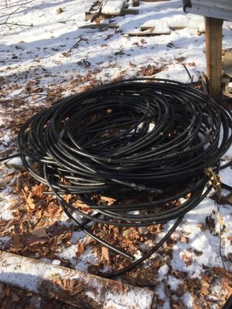 Photo black plastic water pipe  pump houses - $1 (Granville)