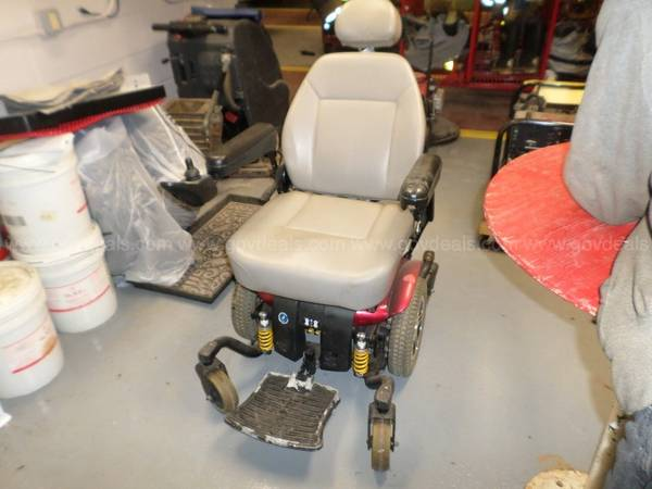 Photo electric wheelchair - $50 (glens falls)
