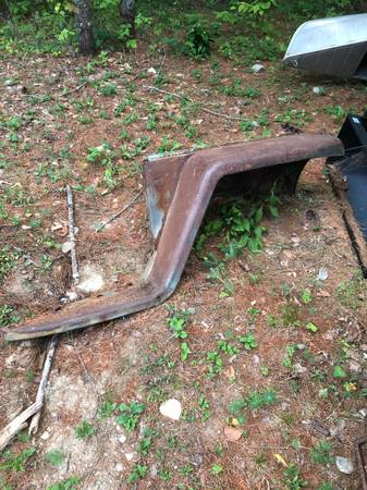 Photo willys jeep wagon truck front fender - $50 (chestertown)