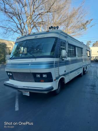 Photo 1987 Chevy Mallard Motorhome - $4,000 (Sacramento)