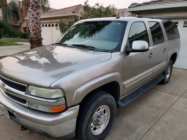 Photo 2003 Chevy Suburban 2500 (4x4) 6.0 (Lower Miles at 164k) - $8,900 ((Calltext 530-277-3two33))