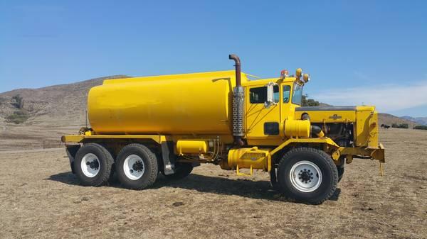 Photo 6x6 Oshkosh Stainless water truck tanker 4000 type 1 fire 4x4 - $34,750 (Grass Valley)