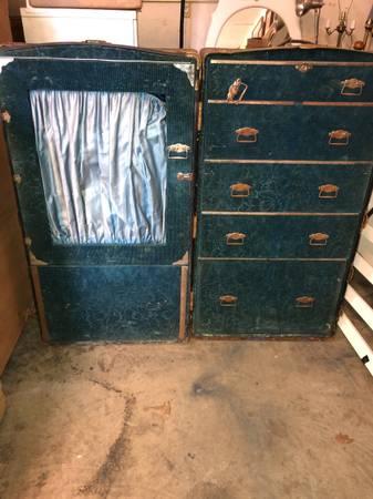 Photo Antique steamer trunk cabinet - $450 (Placerville)