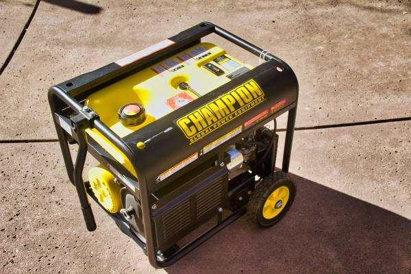 Photo CHAMPION 3500 WATT GENERATOR - $325 (Penn Valley)