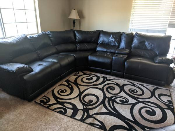 Photo Couch (sectional) for sale - $150 (Auburn)