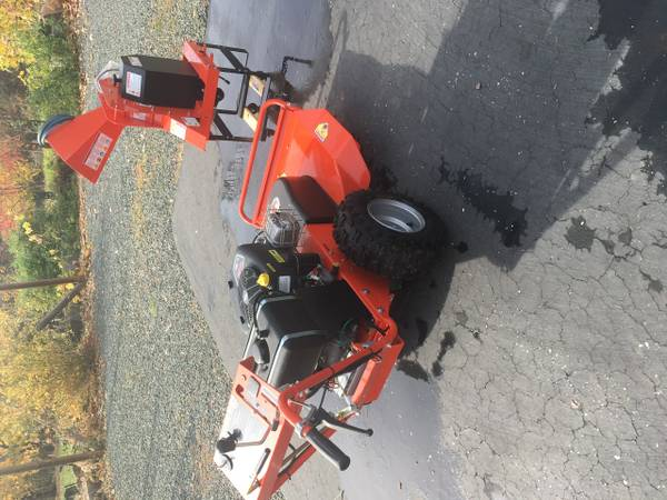 Photo DR Power Equipment field and brush mower chipper - $3000 (Grass Valley)