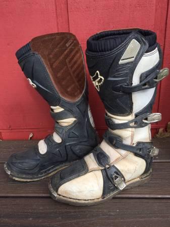 Photo Fox Motocross Boots womens 9 mens 7.5 - $60 (Nevada city)