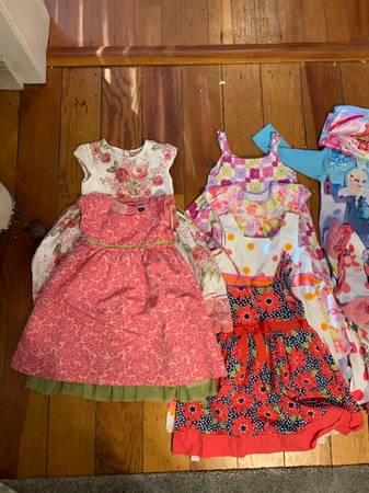 Photo Girls clothing 4T-67 - $40 (Nevada City (downtown))
