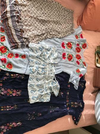 Photo Lot of Womens Boho Clothes size XXL 16  18 Prairie Target Zara etc - $60 (San Andreas)